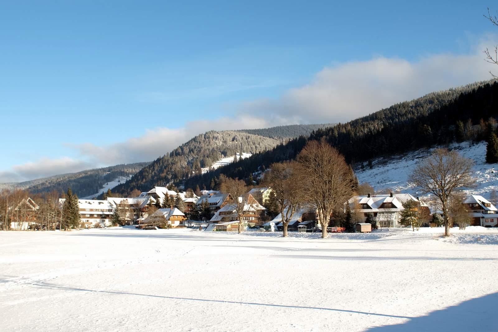 Winterurlaub im Schwarzwald Menzenschwand Vorderdorf